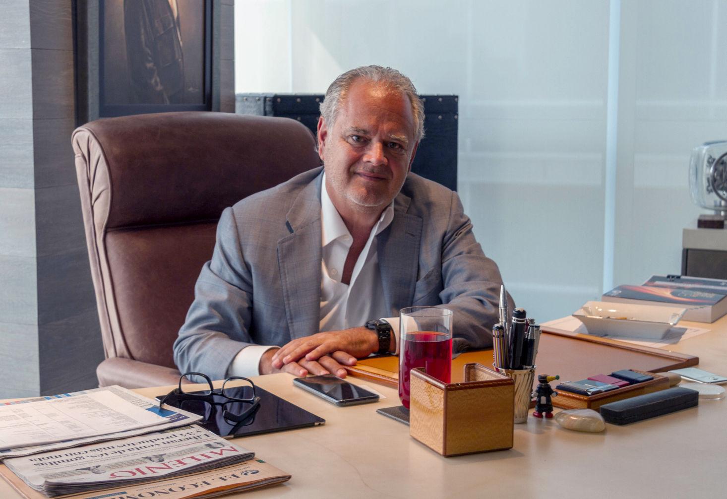 Editorial: DiáloGolf, Rodrigo Lebois